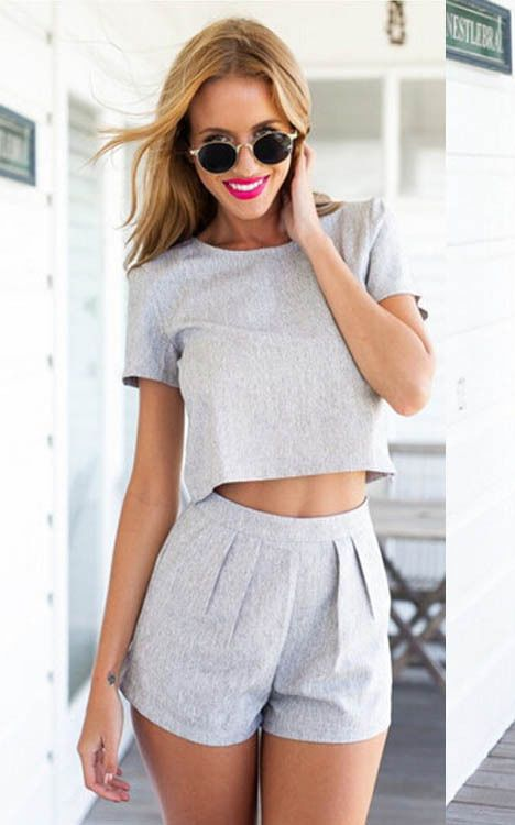 F2426 Short Sleeve Crop Top With Slim Shorts