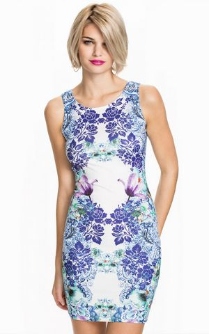 W25012 SLEEVELESS PRINTED DRESS