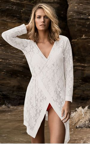 F4572-2   White Tie up Long Sleeves Lace Bathing Suit Beachwear