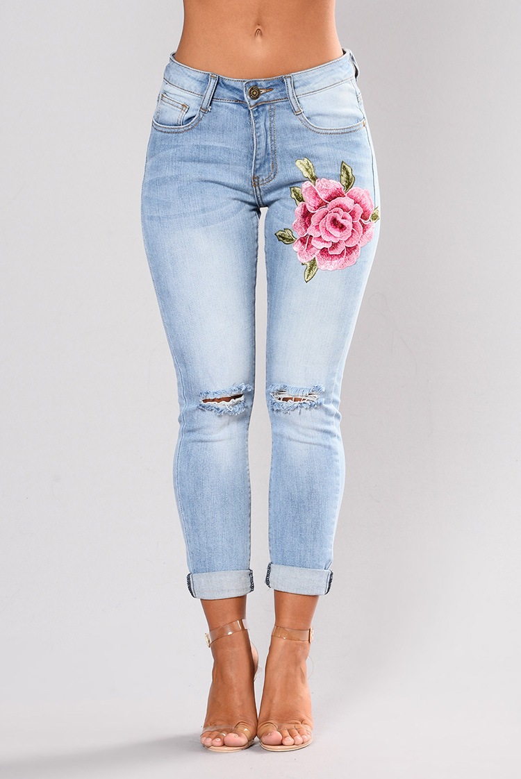 SZ60117 Women Rose Embroidered Distressed Wash Stretchy Skinny Jeans